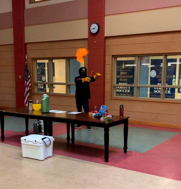 Controlled Hydrogen Balloon demonstration